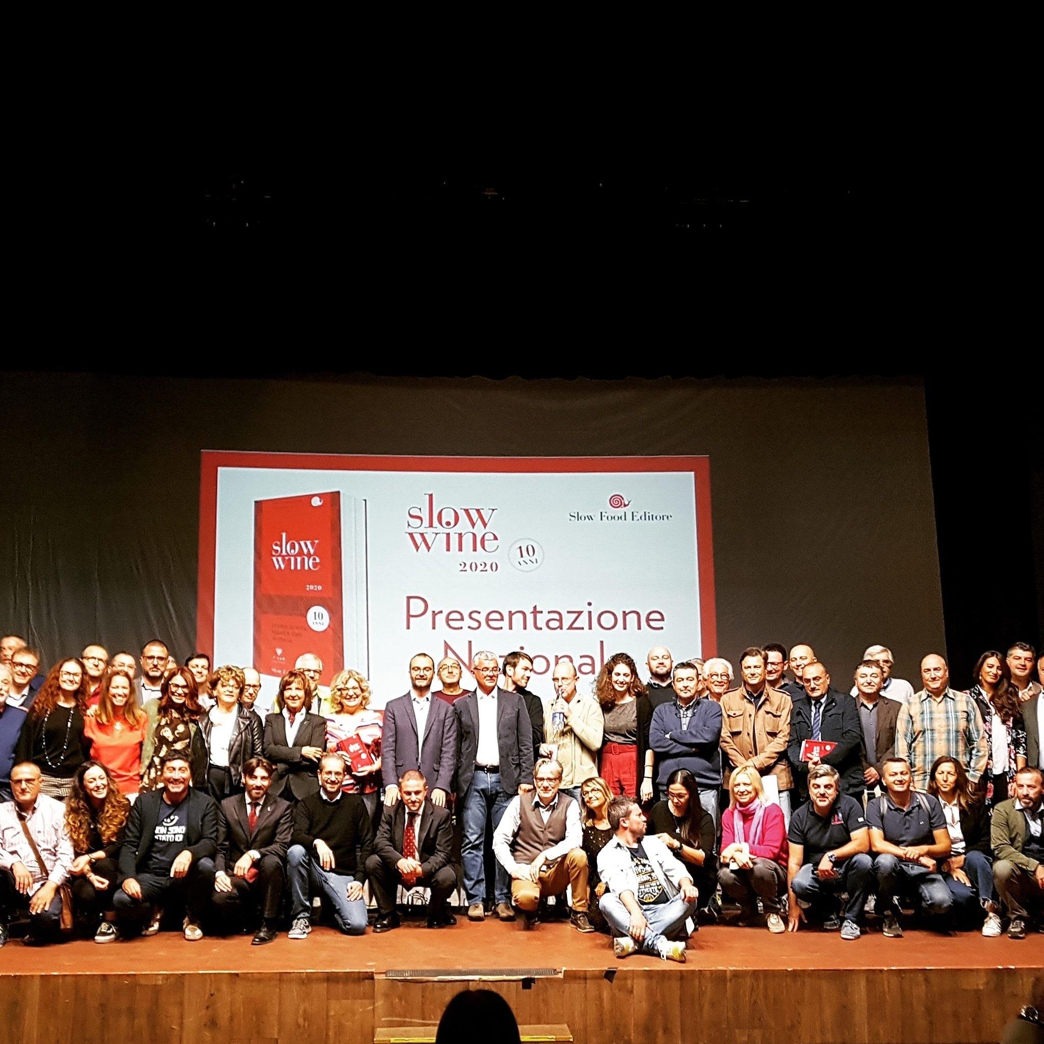 I 250 collaboratori di Slow Wine sul palco del Teatro Verdi di Montecatini Terme